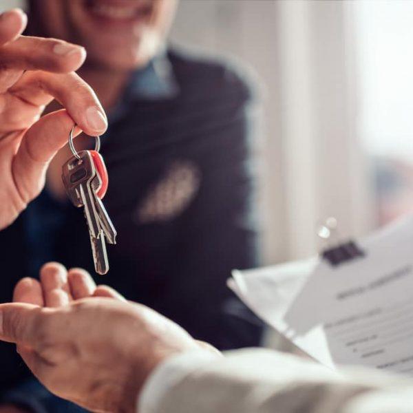 passing house keys to renter